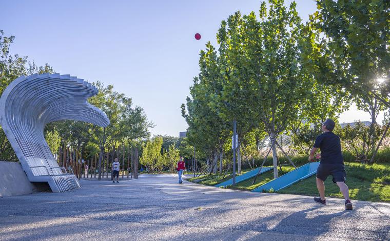 北京西长安街文化艺术公园实景图15