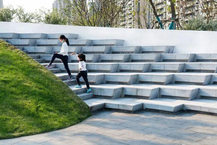 景观台阶的设计策略,来探索!_59