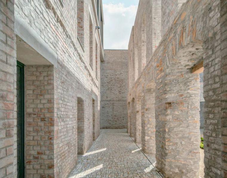 JacobyStudios,17世纪修道院遗址当代呈现_6