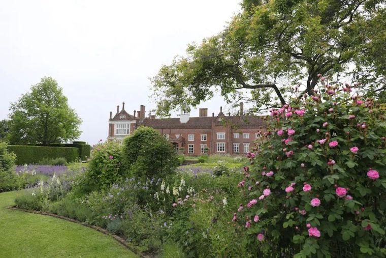 花园比房子还好看的古堡,园林设计绝了_36