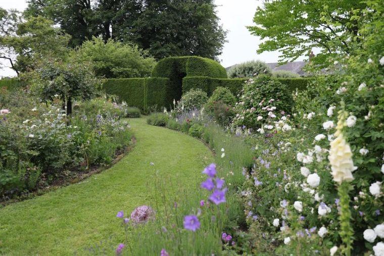 花园比房子还好看的古堡,园林设计绝了_35