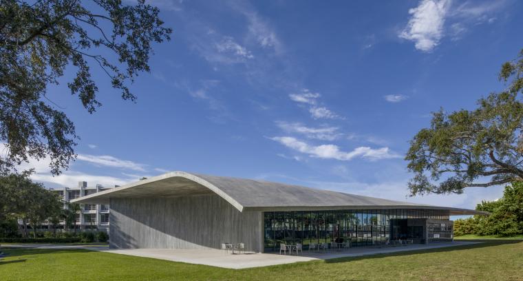 美国迈阿密大学建筑学院外部实景图5