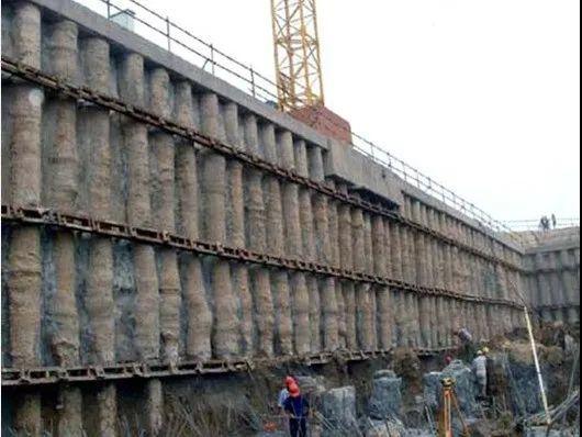 各种基坑支护结构施工工艺流程解析_41