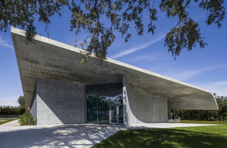 美国迈阿密大学建筑学院外部实景图12