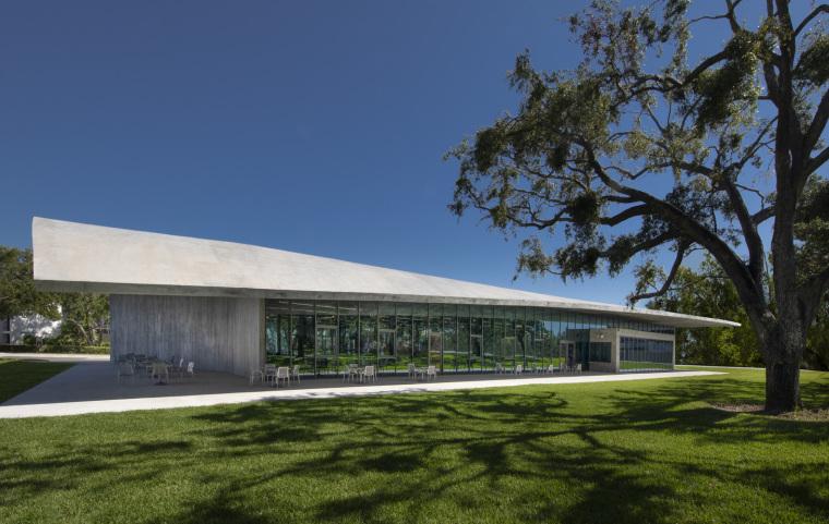 美国迈阿密大学建筑学院外部实景图13