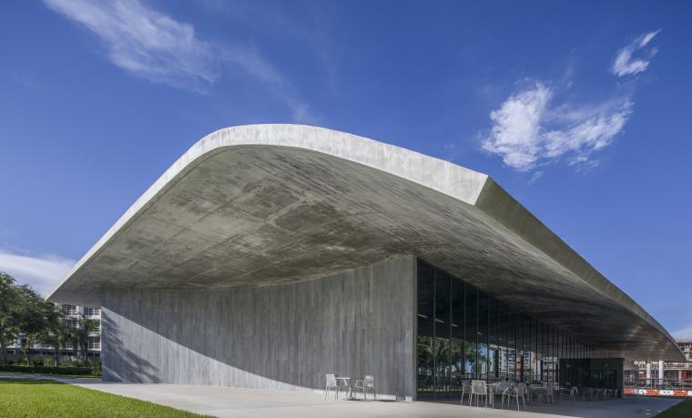美国迈阿密大学建筑学院外部实景图15