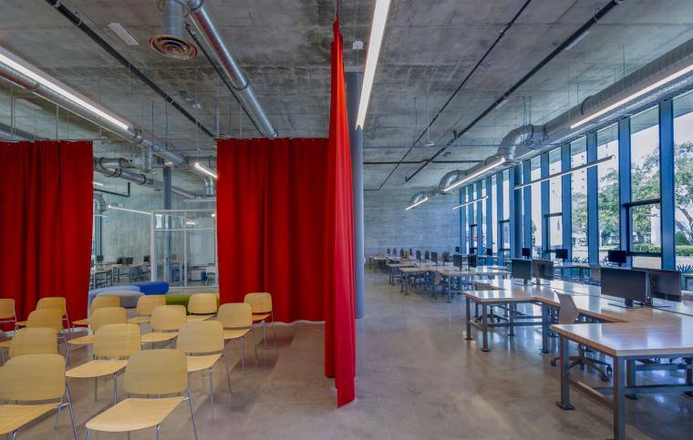 美国迈阿密大学建筑学院内部实景图10