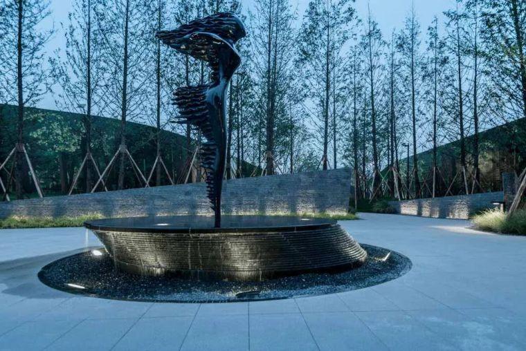 雕塑装置,景观中的点睛之笔_4