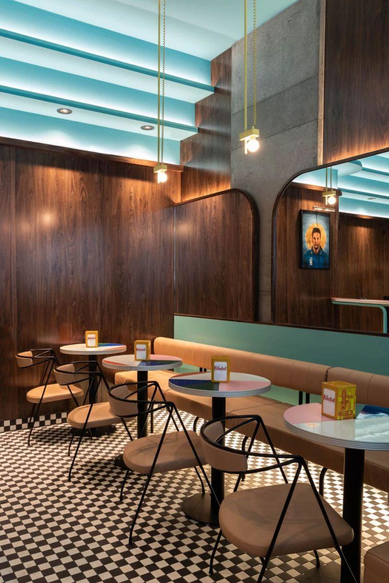 意大利CaffettieraCafféBar店室内实景图