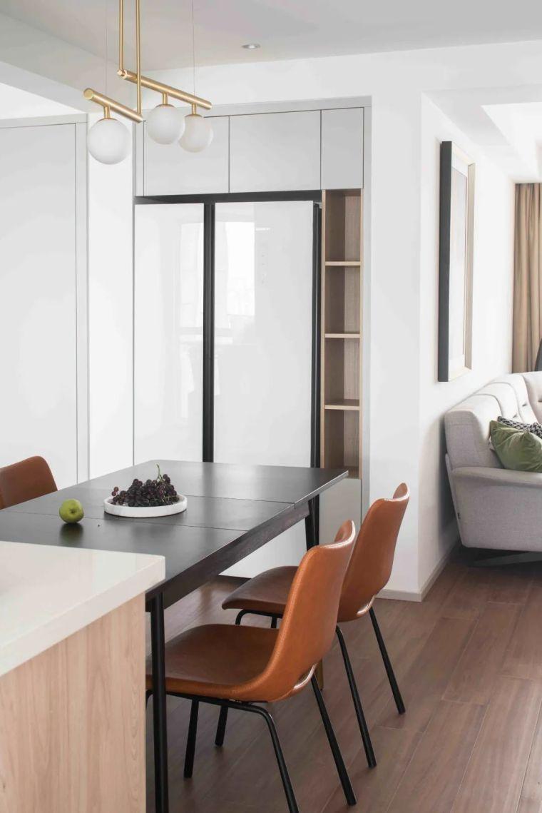 """收纳墙与三大""""空间折叠""""让这个家倍感舒适_6"""
