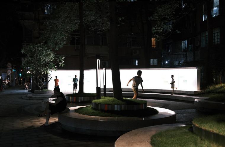 广州东山少爷南广场社区公园改造实景图14
