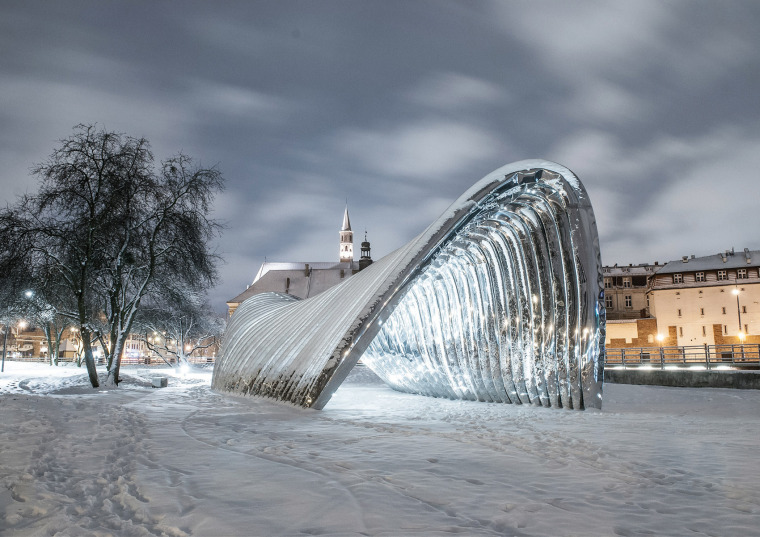 波兰NAWA公共雕塑实景图6