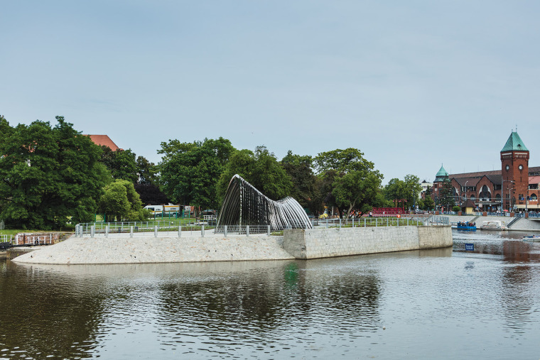波兰NAWA公共雕塑实景图7