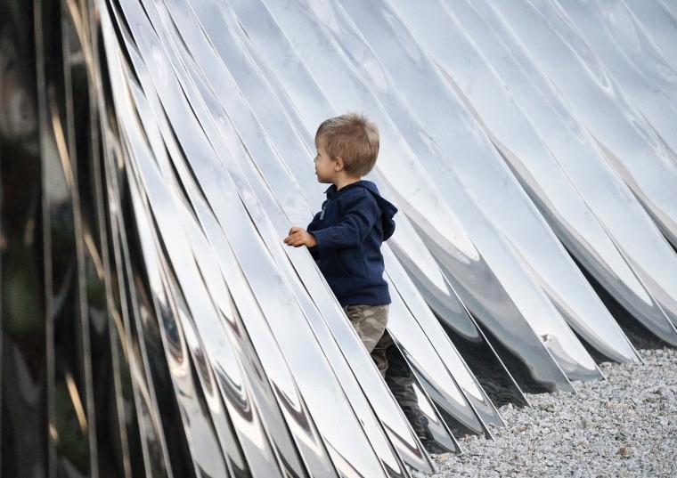 波兰NAWA公共雕塑实景图12