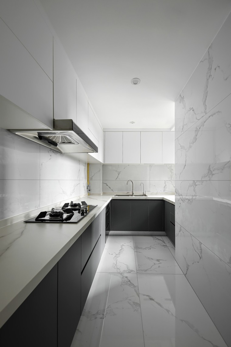 现代轻奢风的居住空间室内实景图15