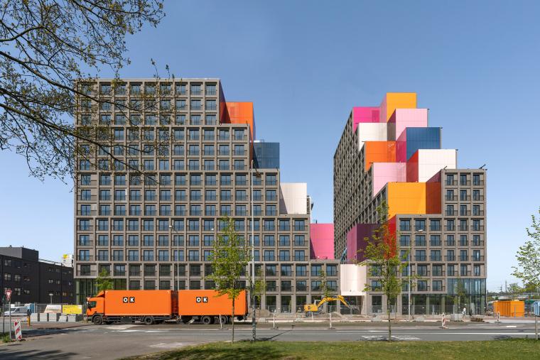 荷兰OurDomain学生公寓外部实景图4