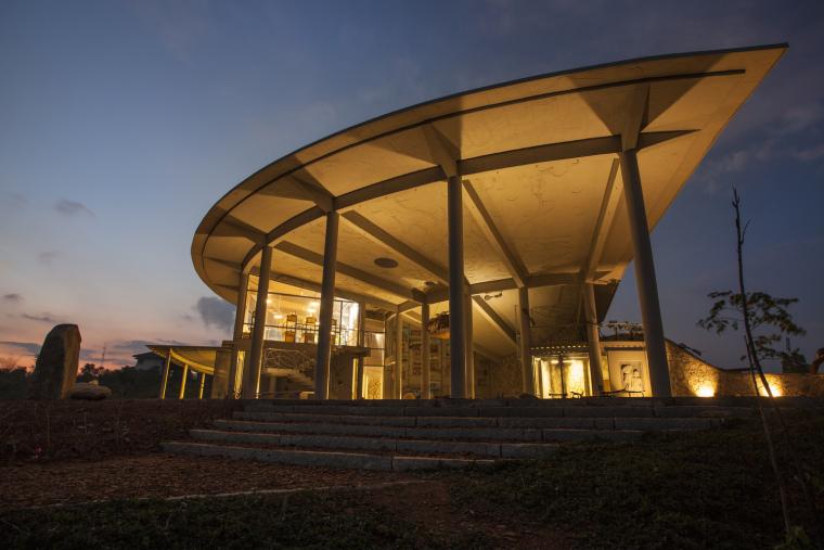 印度Agastya国际基金会的艺术与创新中心外部实景图6