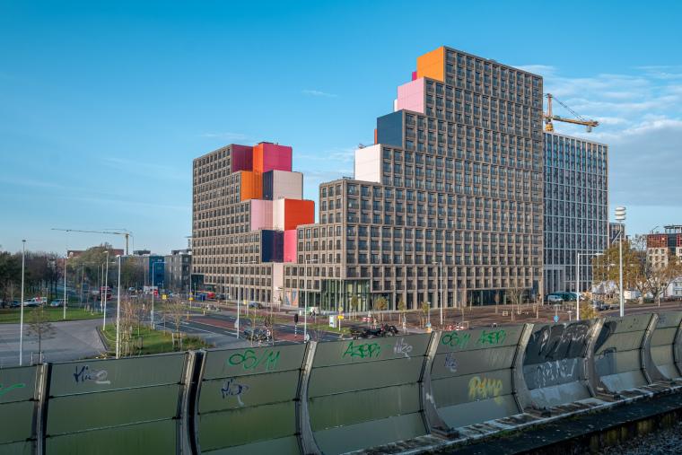 荷兰OurDomain学生公寓外部实景图7