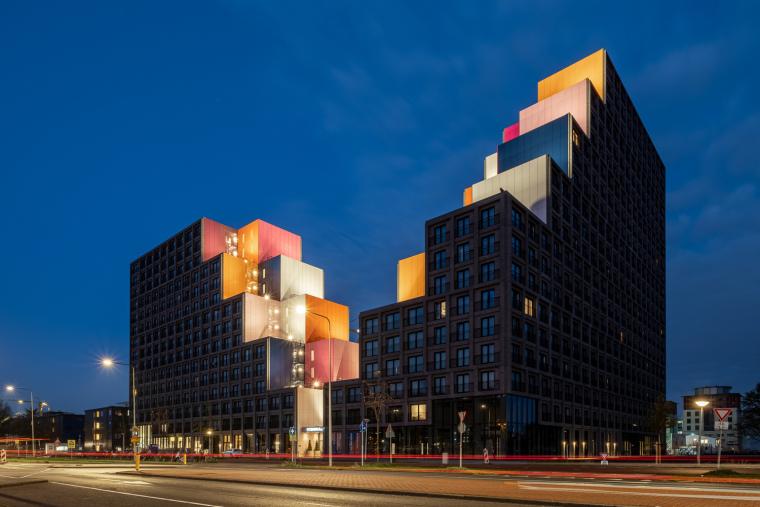荷兰OurDomain学生公寓外部实景图11