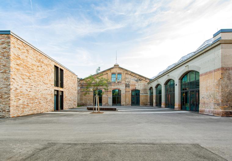 德国瓦根哈伦斯图加特文化中心外部实景图1