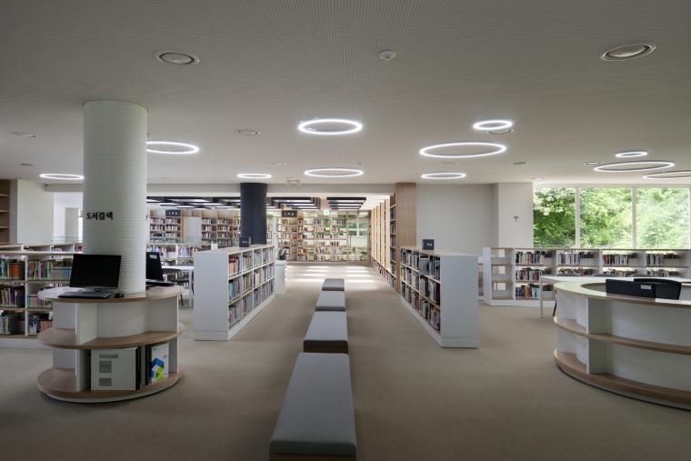 韩国独山图书馆室内实景图8