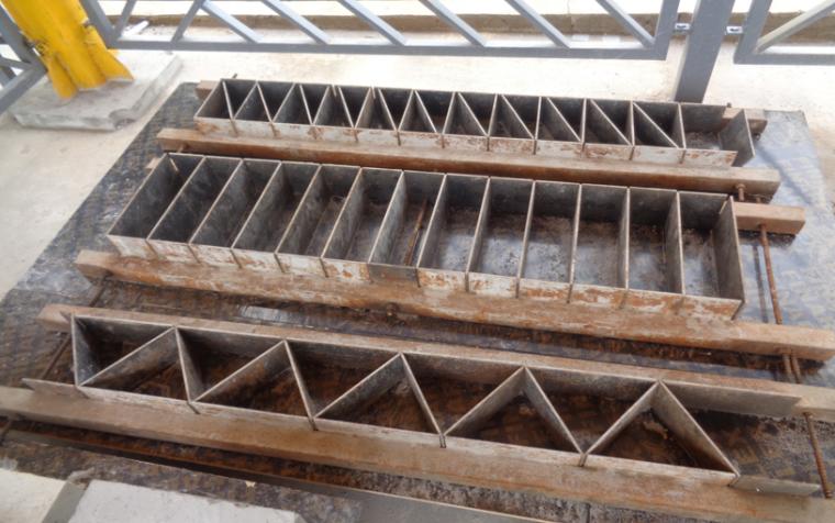 建筑工程施工项目参观优秀做法PPT-06 砌体预制块模具