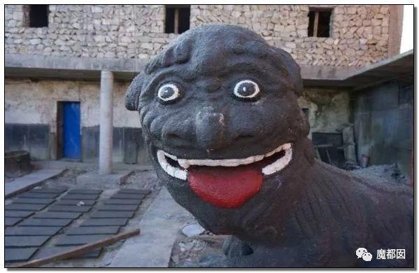看看这些沙雕雕塑,实在是无法直视!_71
