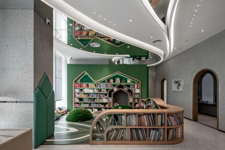 广州融创祥龙广府壹号的方融概念中心室内实景图8