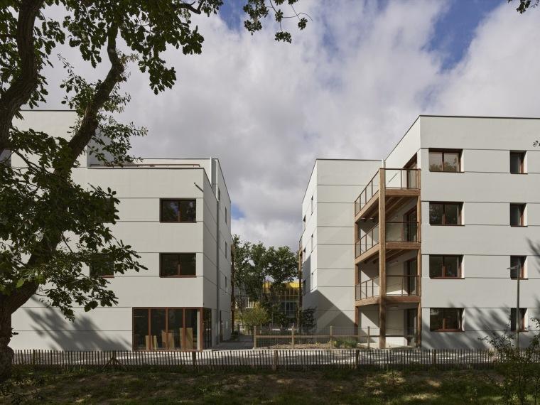 法国南特的45套住房外部实景图3