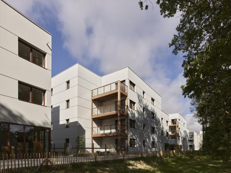 法国南特的45套住房外部实景图4