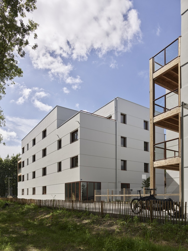 法国南特的45套住房外部实景图6