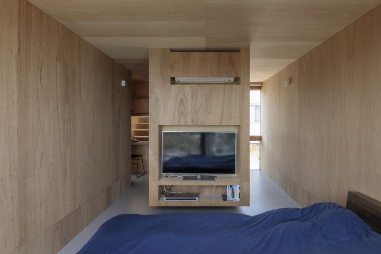 日本广岛山崖之宅室内实景图2