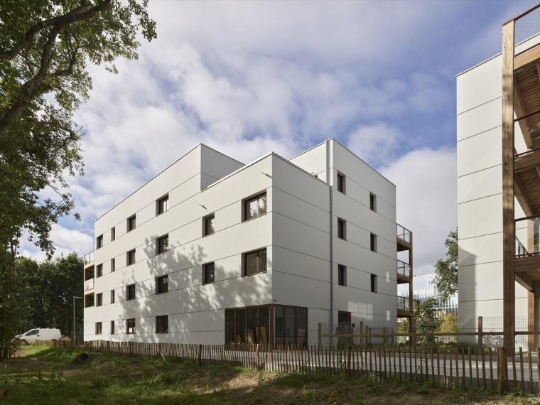 法国南特的45套住房外部实景图7