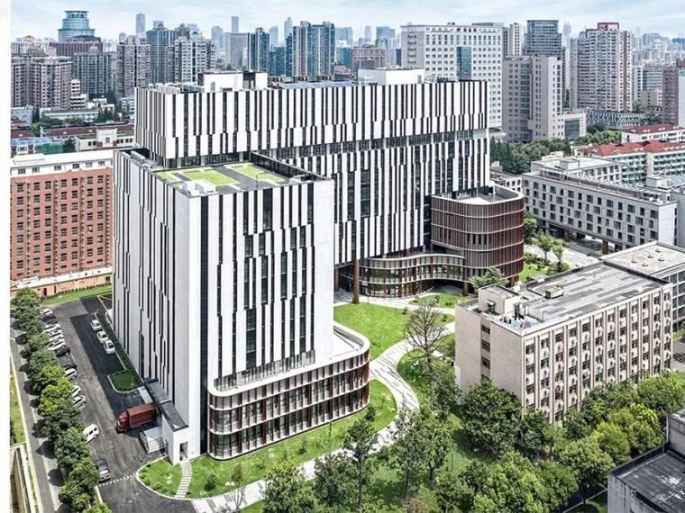 19层框剪结构宿舍楼防护棚专项施工方案-1432395oexc2s7akggoitu
