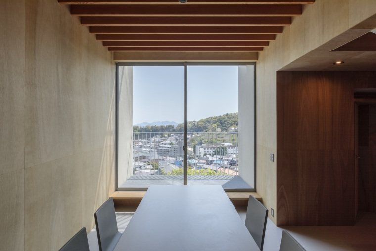 日本广岛山崖之宅室内实景图5