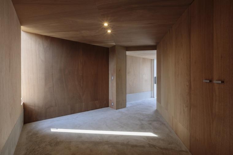 日本广岛山崖之宅室内实景图8