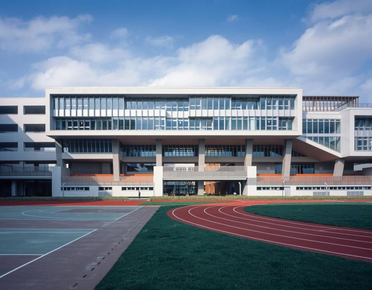 上海华东师范大学第二附属中学前滩学校外部实景图6