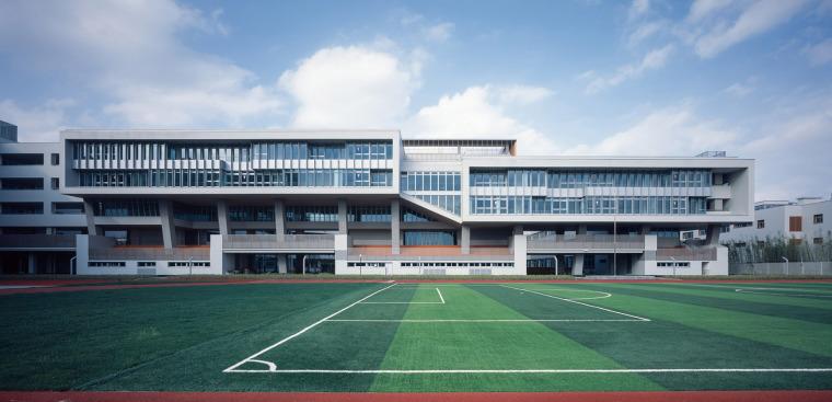 上海华东师范大学第二附属中学前滩学校外部实景图7