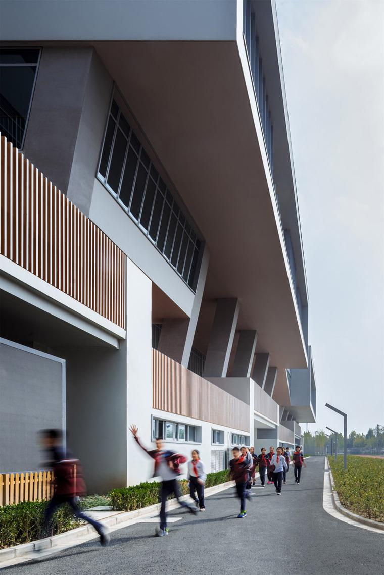 上海华东师范大学第二附属中学前滩学校外部实景图20