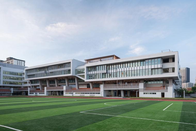 上海华东师范大学第二附属中学前滩学校外部实景图9