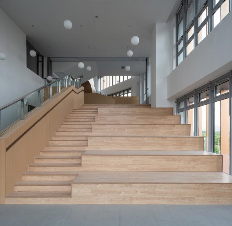 上海华东师范大学第二附属中学前滩学校内部实景图9