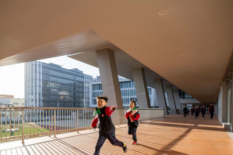 上海华东师范大学第二附属中学前滩学校外部实景图29