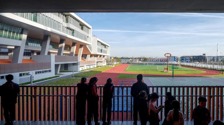 上海华东师范大学第二附属中学前滩学校外部实景图30