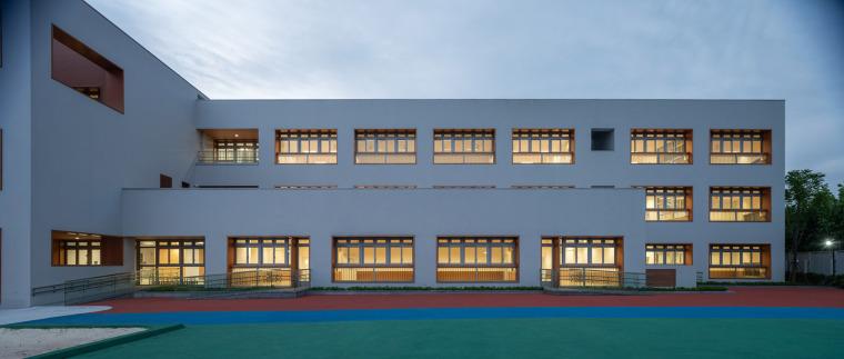 上海华东师范大学第二附属中学前滩学校外部实景图34