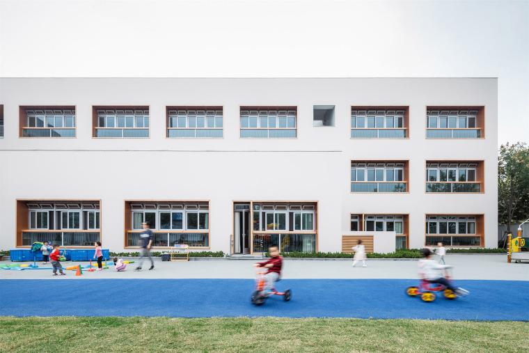 上海华东师范大学第二附属中学前滩学校外部实景图36