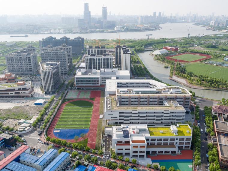 上海华东师范大学第二附属中学前滩学校外部实景图3