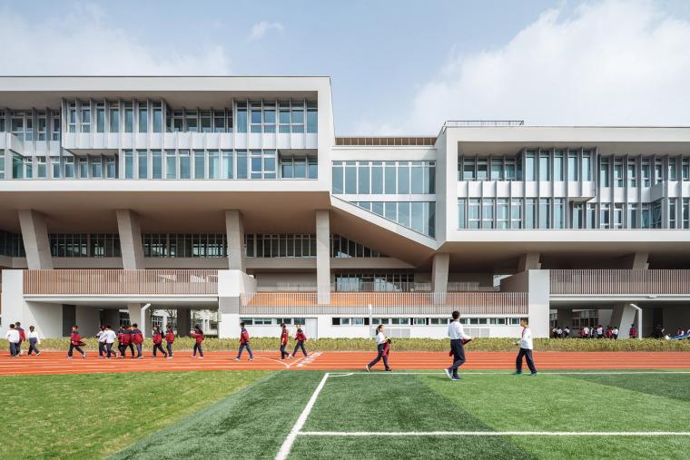上海华东师范大学第二附属中学前滩学校外部实景图14