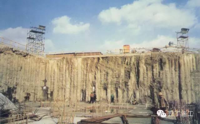 十种基坑支护结构施工选用及特点分析_18