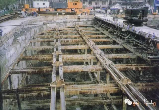 十种基坑支护结构施工选用及特点分析_16