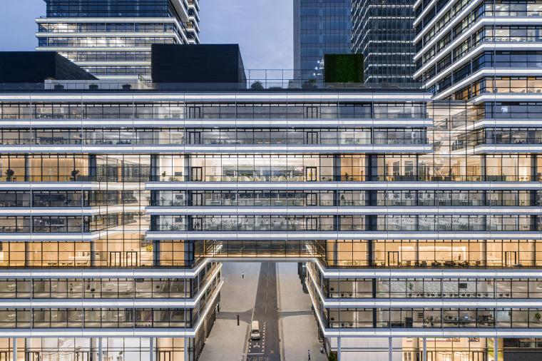 广州唯品会新一代办公空间外部实景图4